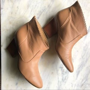 Sigerson Morrison Bellge Scalloped Leather Booties